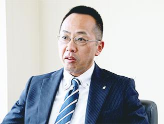 写真:株式会社柏商会 代表取締役 境 昭博